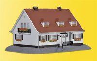 Kibri 38332 - H0 Landhaus Cloppenburg