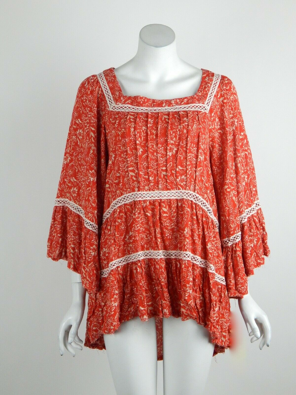 Free People Talk About It Tunic Top Crochet Trim Square Neck rot X-Small New