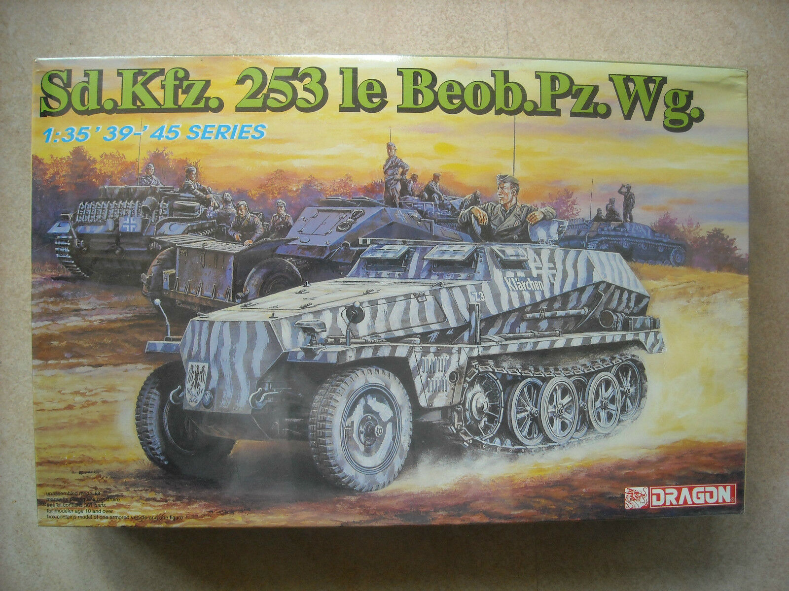DRAGON 1 35 SERIES SD.KFZ.253 LE BEOB.PZ. WG.