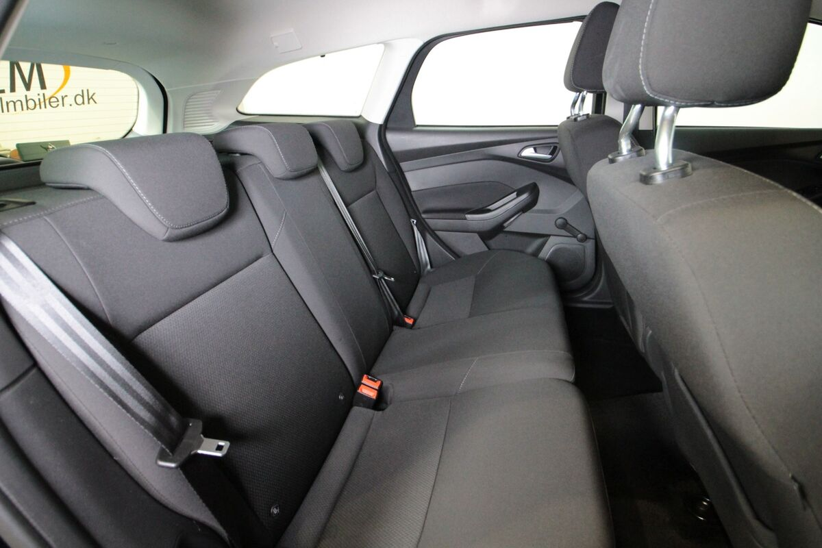 Ford Focus 1,5 TDCi 120 Business stc.