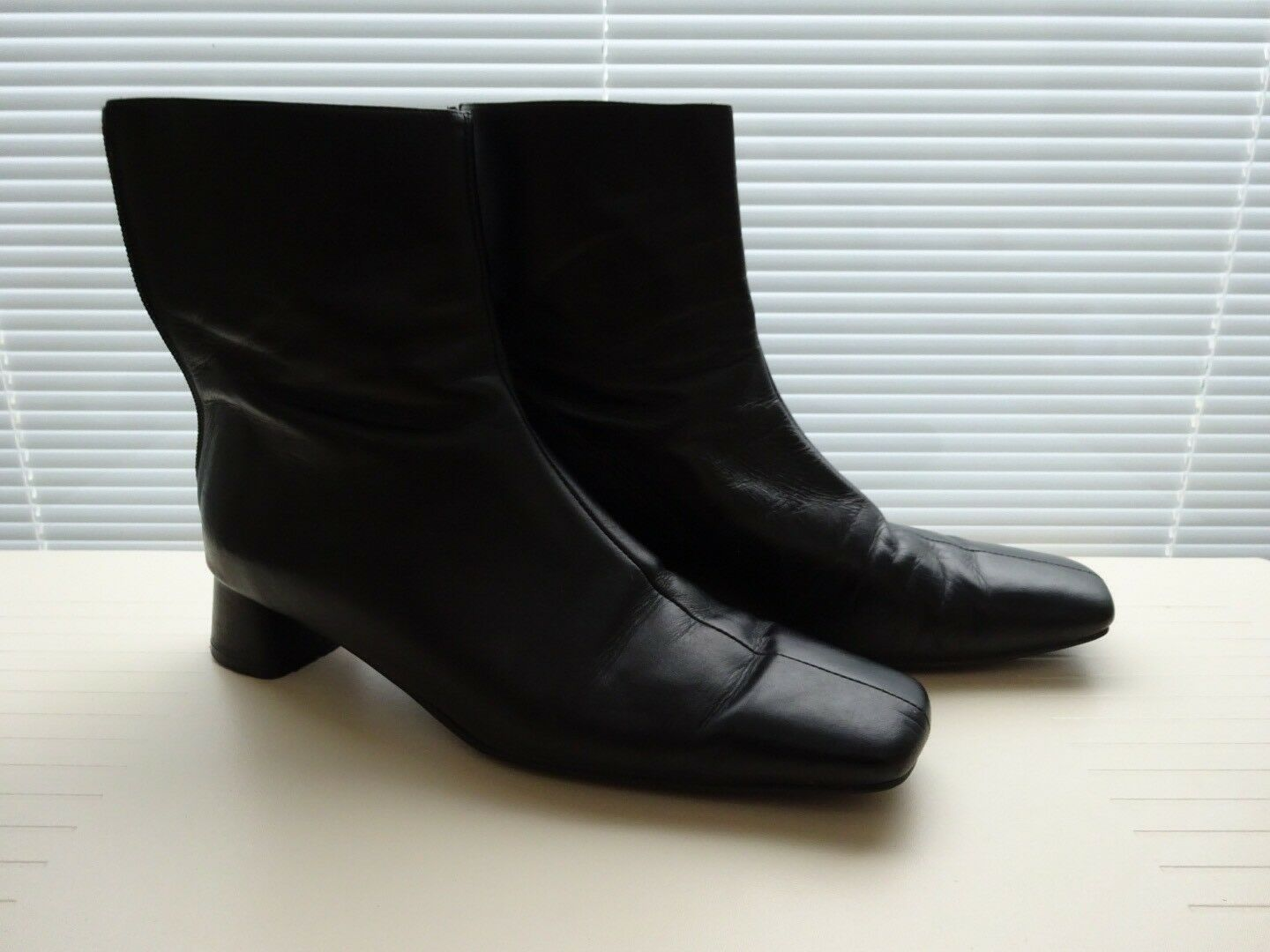 Paco Herrero Black Ankle Leather Boots Size uk6 39