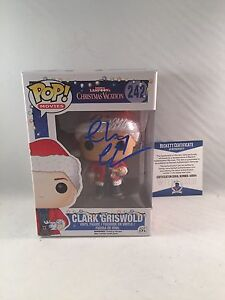 CHEVY-CHASE-SIGNED-CLARK-GRISWOLD-CHRISTMAS-VACATION-FUNKO-POP-BAS-BECKETT