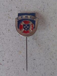Vintage-badge-pin-C-E-N-E-F-2