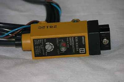 Omron E3S-CL2 Diffuse Photoelectric Sensor Switch 12 to 24 VDC New