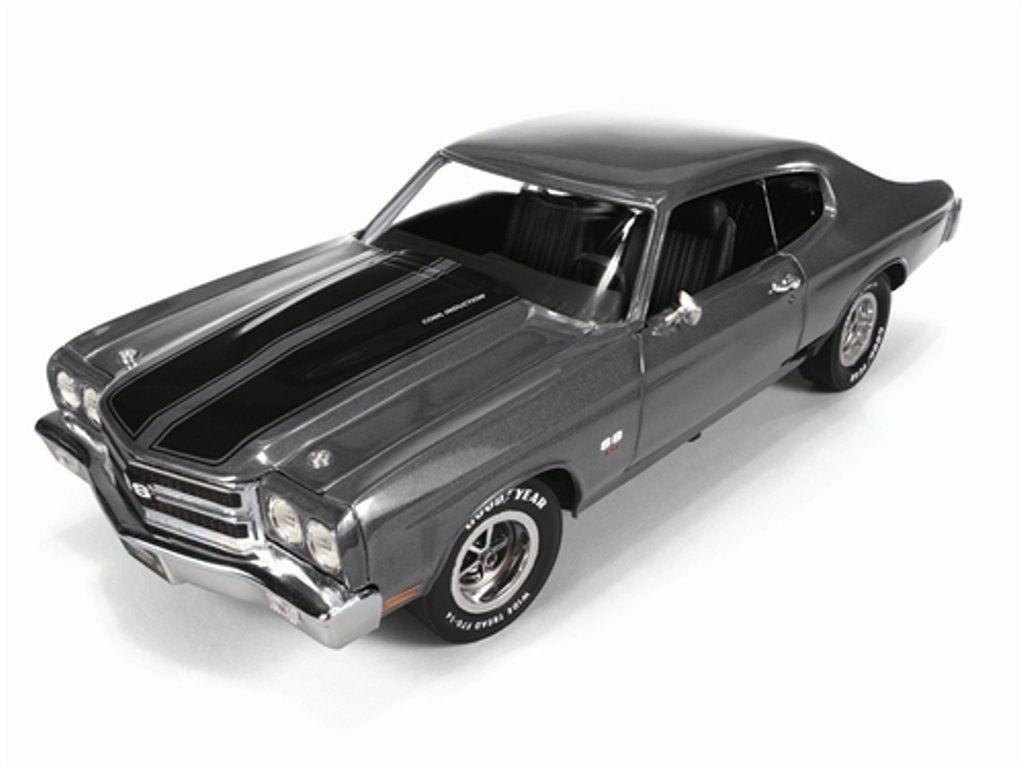Chevy Chevelle SS 1970  Grey, 1 43 Model Car. Resin Autoworld