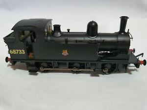 Bachmann-31-061-LNER-J72-CLASS-68733-BR-Black-Early-Crest-OO-gauge-BNIB