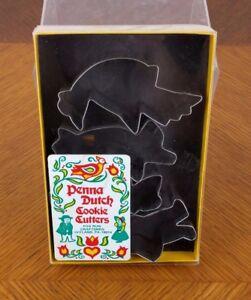 VTG-Pennsylvania-Dutch-Metal-Cookie-Cutters-Penna-Tin-Amish-Primitive-Folk-Art