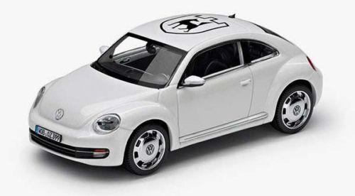 VW BEETLE 1:43 CANDY WEIß /'WOLFSBURG/' MODELL MODELLAUTO –NEU ORIGINAL VOLKSWAGEN
