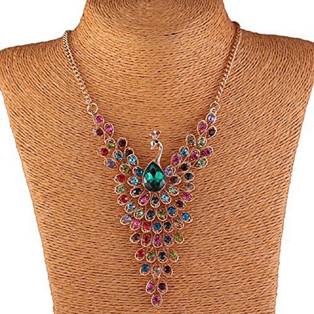 Pfau Halskette bunten Strass Perlen Vogel Fluegel Gold