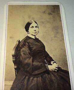 Antique-American-Civil-War-Victorian-Fashion-Lady-Stamp-Rhode-Island-CDV-Photo