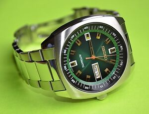 new seiko snkm97 automatic stainless steel green dial men 039 s image is loading new seiko snkm97 automatic stainless steel green dial