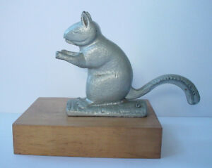 Antique-19th-Century-Zinc-Painted-Cast-Iron-Squirrel-Nut-Cracker-on-Maple-Base