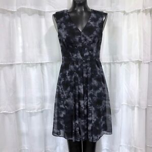 Size 4 Womans COLDWATER CREEK Gray Print Sleeveless V-Neck A-Line Dress