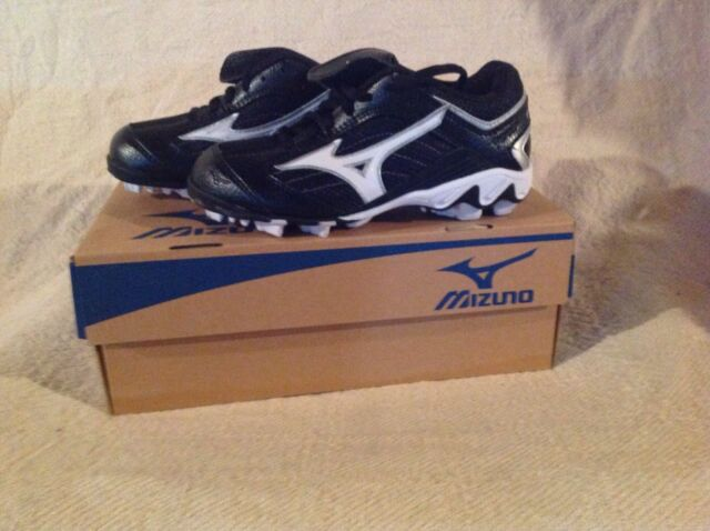 3cf608165c8 New in Box MIZUNO Youth 9-Spike Franchise Low G5 Baseball Cleats Black White
