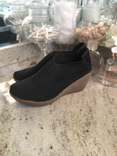BERNIE MEV BLACK WOVEN WEDGE SLIP ON SANDAL RUBBER