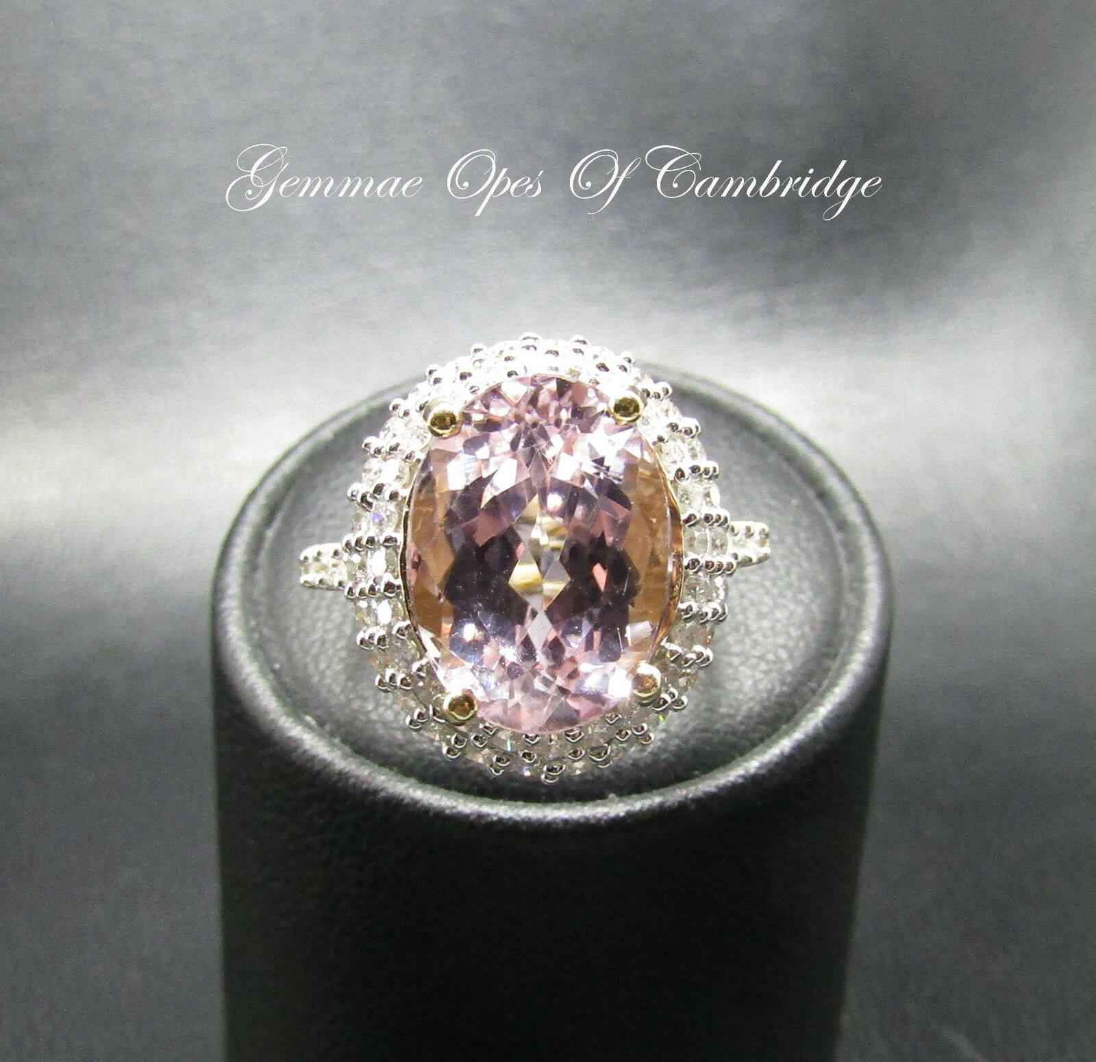 18K gold 18ct gold Kunzite and 1ct Diamond Oval Cluster Ring Size O 7.3g 8.27 ct