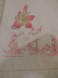 tissu-ancien-brode-scene-enfantine-enfant-oies-1-80x0-90-mono-futur-rideau