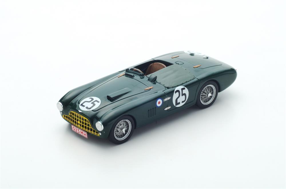 Aston Martin Db3 Spinne No.25 Le Mans 1952 in 1 43 Maßstab von Spark