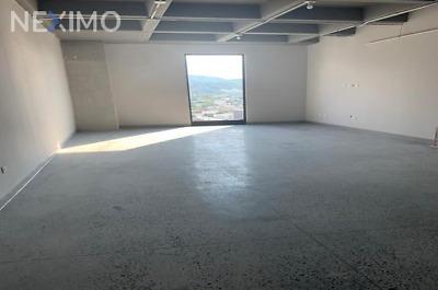 Departamento en venta frente al Tec de Monterrey, N.L.