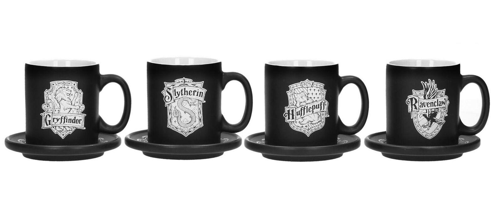 consegna diretta e rapida in fabbrica Harry Potter ESPRESSO TAZZE CON SOTTO SOTTO SOTTO TAZZE 4er Set HOGWARTS CASE STEMMA OVP  vendite dirette della fabbrica