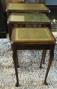 Vintage-Mahogany-Leather-Top-Nest-of-3-Tables