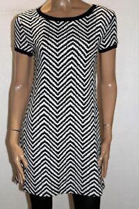 VALLEYGIRL-Brand-Black-White-Zig-Zag-Short-Sleeve-Shift-Dress-Size-S-BNWT-RB82