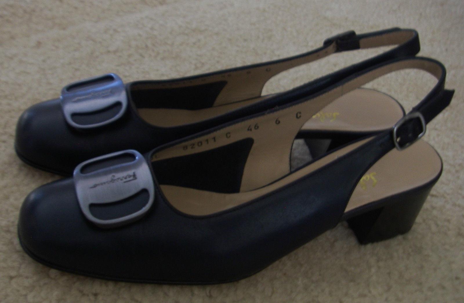 Para mujer Salvatore Ferragamo Boutique Bombas Zapatos Azules De Tacón Tacón Tacón Bajo Charol 6 C  875  autentico en linea