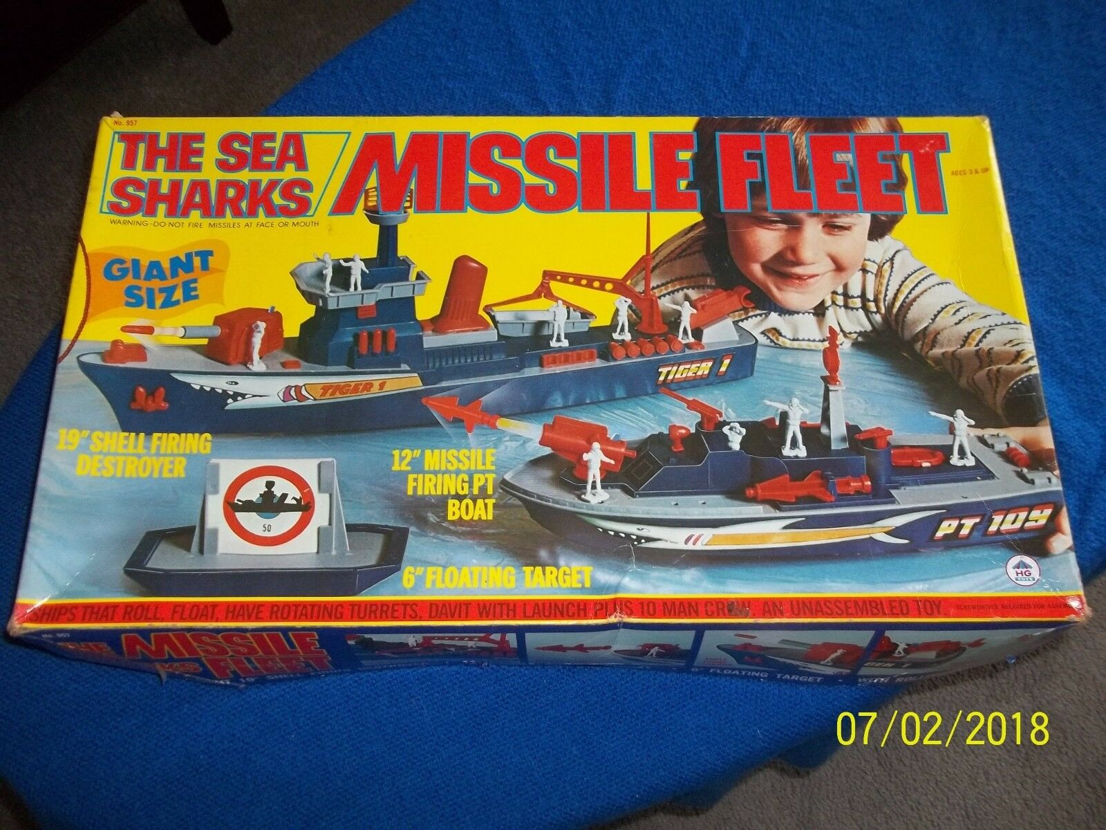 RARE Vintage HG TOYS THE SEA SHARKS MISSILE FLEET  in BOX  957 LOOK BUY IT NOW