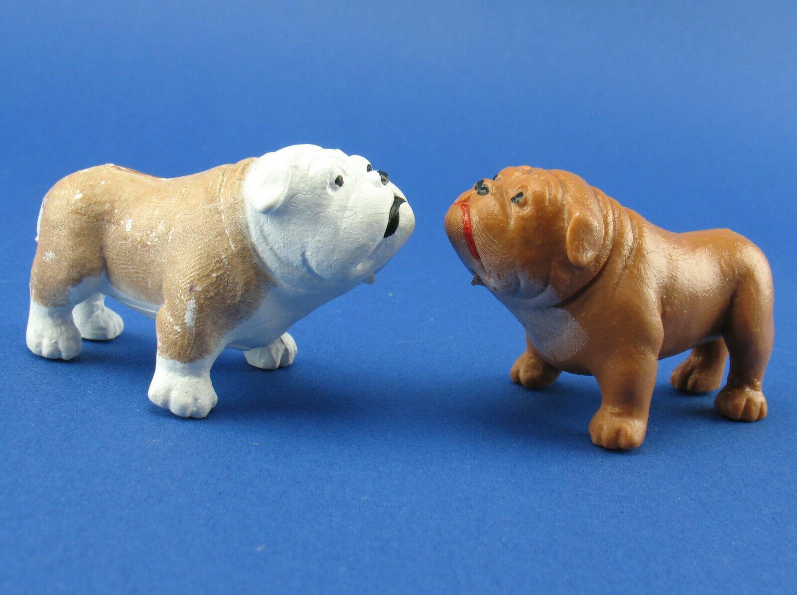 2x Schleich CLASSICS Hunde - 12507 + 12508 Bulldoge hell + dunkel - Bullog - Dog