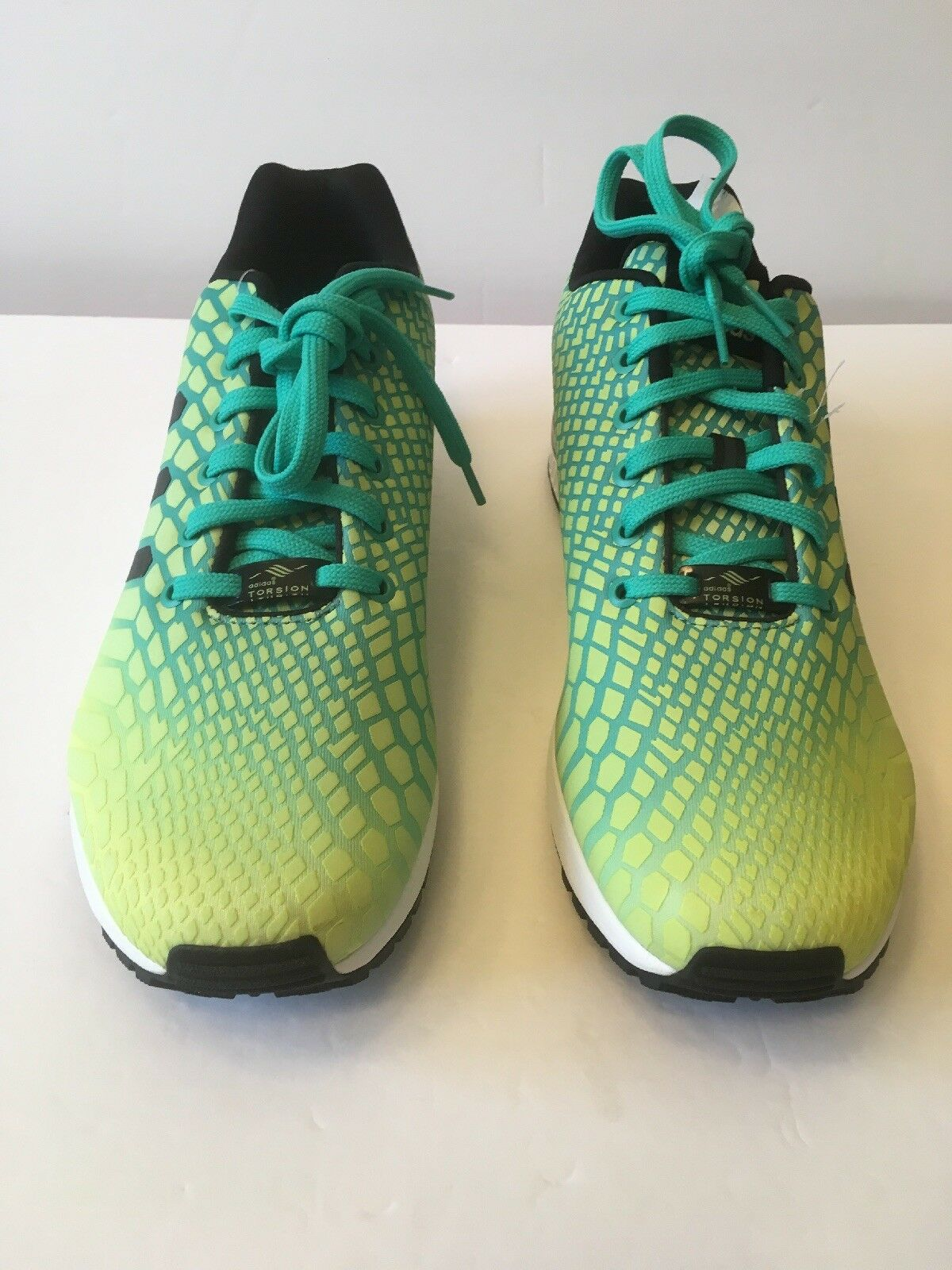 best loved 7c37e 11501 Adidas AQ8212 shoes 10 Sz Men Yellow Green Running Glow ...