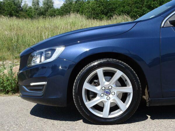 Volvo V60 2,0 D4 181 Momentum aut. Van - billede 3