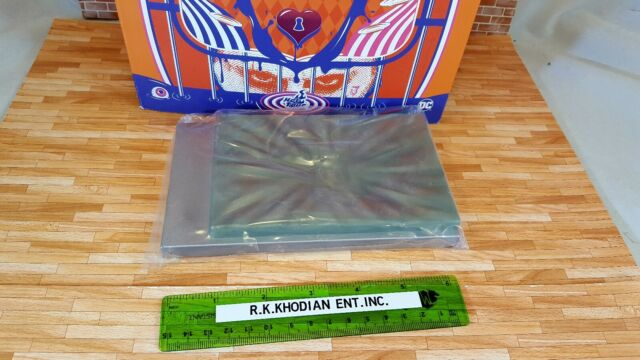 Hot Toys MMS407 DC Harley Quinn Prisoner 1/6 action Figure