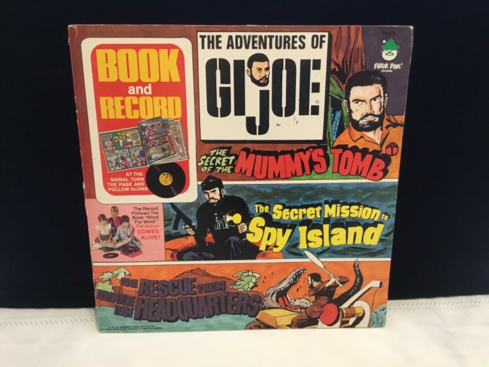 Vintage 1975 Hasbro The Adventures of of of G.I. Joe book & Read Along record  (P30) c38430