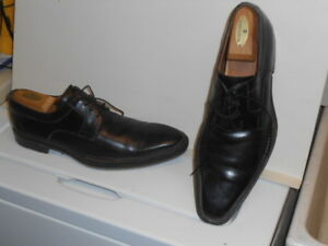 Pair Of Men S Magnanni Spanish Black Leather Lined Lace Up Oxford