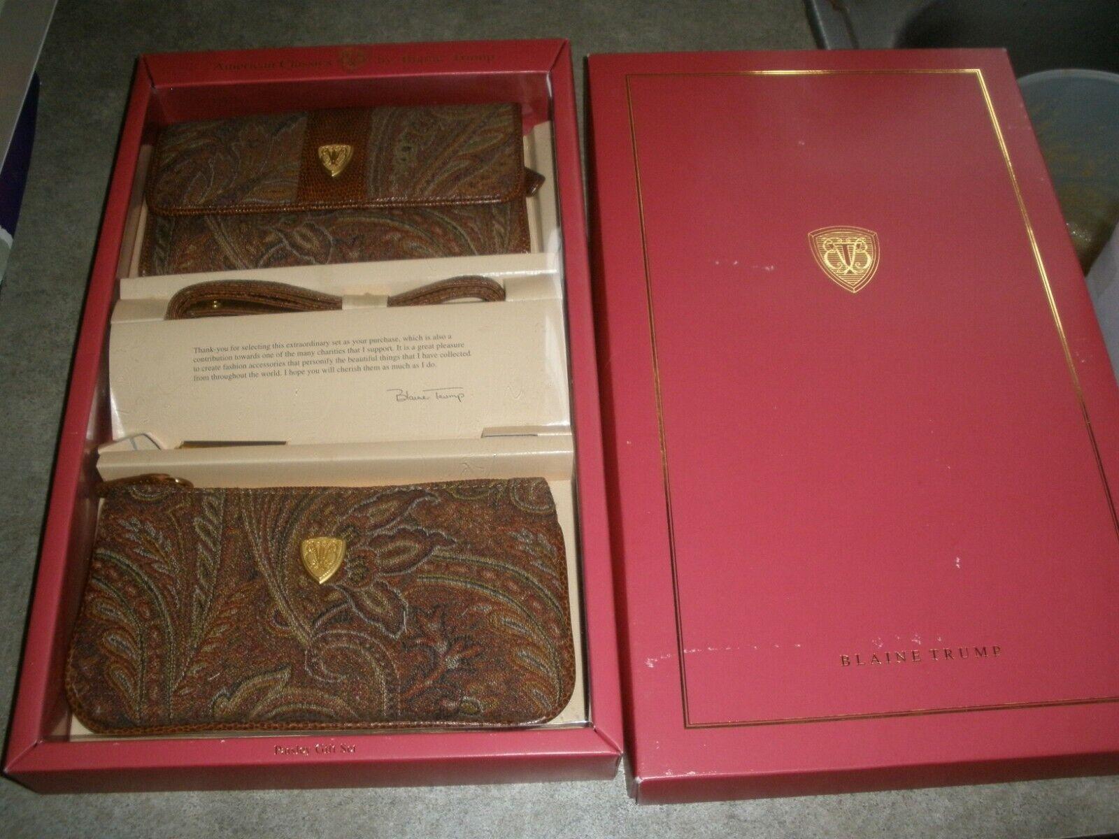 NEW American Classics Blaine Trump 2 Piece Brown Wallet Purse Set