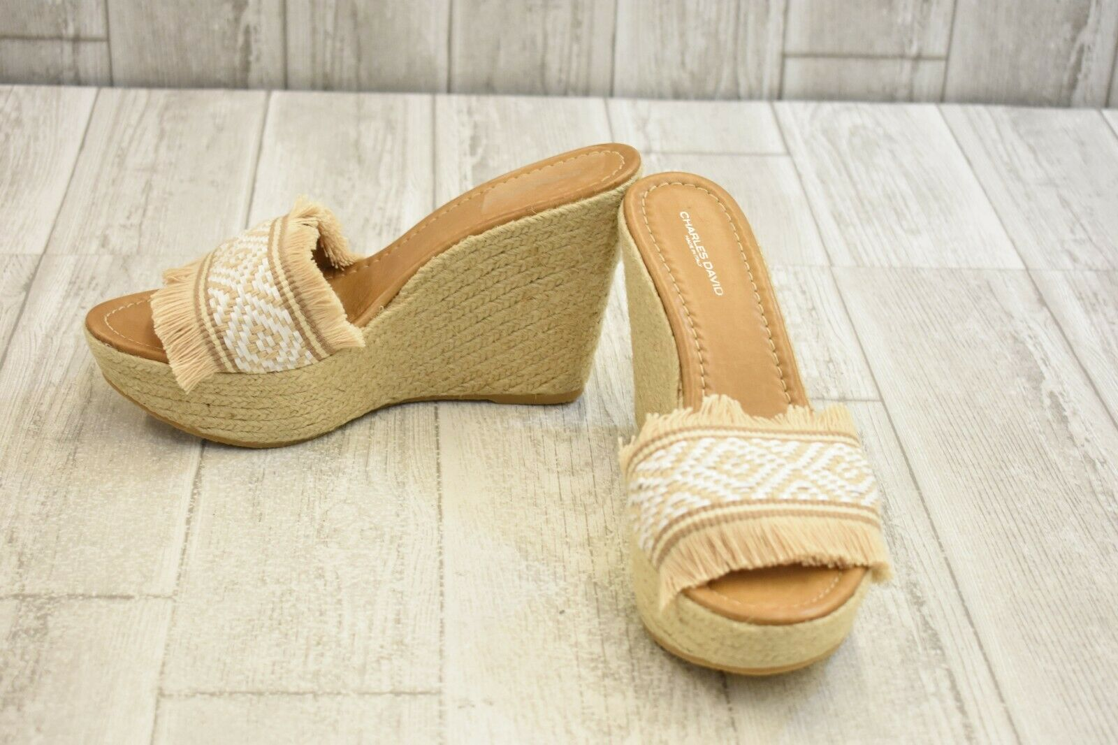 Charles David Dana Wedge Sandal - Women's Size 9.5, White Wheat