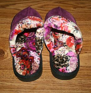 NWT-Vera-Bradley-SLIPPERS-soft-cozy-plush-hard-soles-Rosewood-or-Concerto-HTF