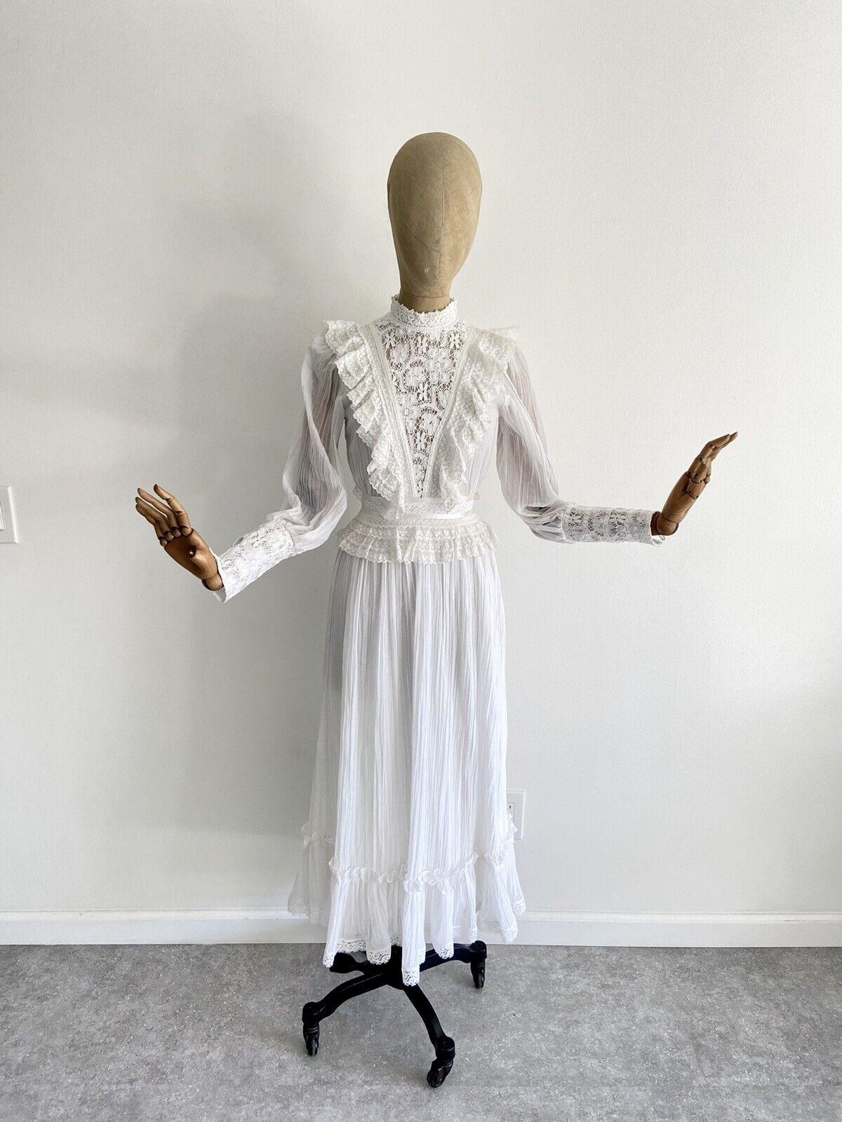 Vintage GUNNE SAX White Cotton Prairie Maxi Dress… - image 4