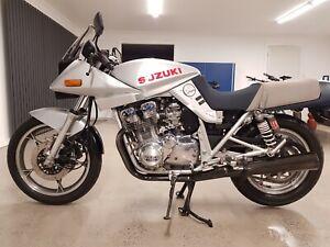 Suzuki-750-Katana