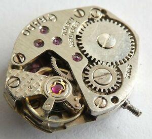 Swiss made movement 17 jewels