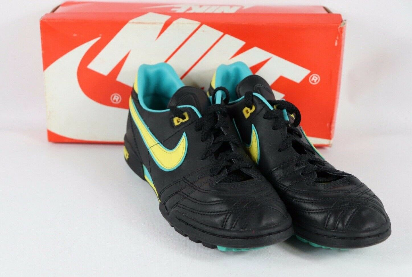 Vintage 80s New Nike Mens 13 Firestar Turf Indoor Soccer shoes Black Yellow