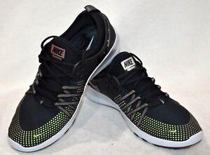 Nike Women's Free TR 7 Metallic Training Shoes BlackPlatinum