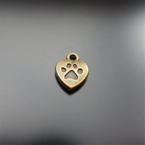Aleación De Bronce Antiguo Perro Paw Grabado Amor Corazón Colgantes Joyería Artesanal 80 un