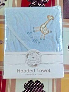 NEW-Snuggle-Baby-BLUE-Giraffe-on-it-Baby-Hooded-Bath-Towel-75cmX75cm