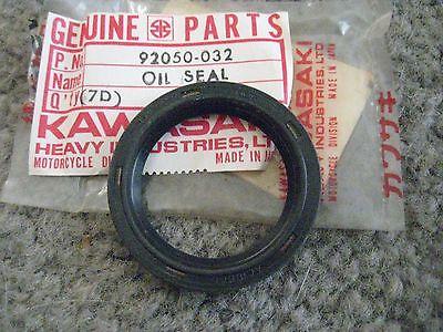 NOS Kawaskai KAF540 Engine Oil Seal 92049-2096