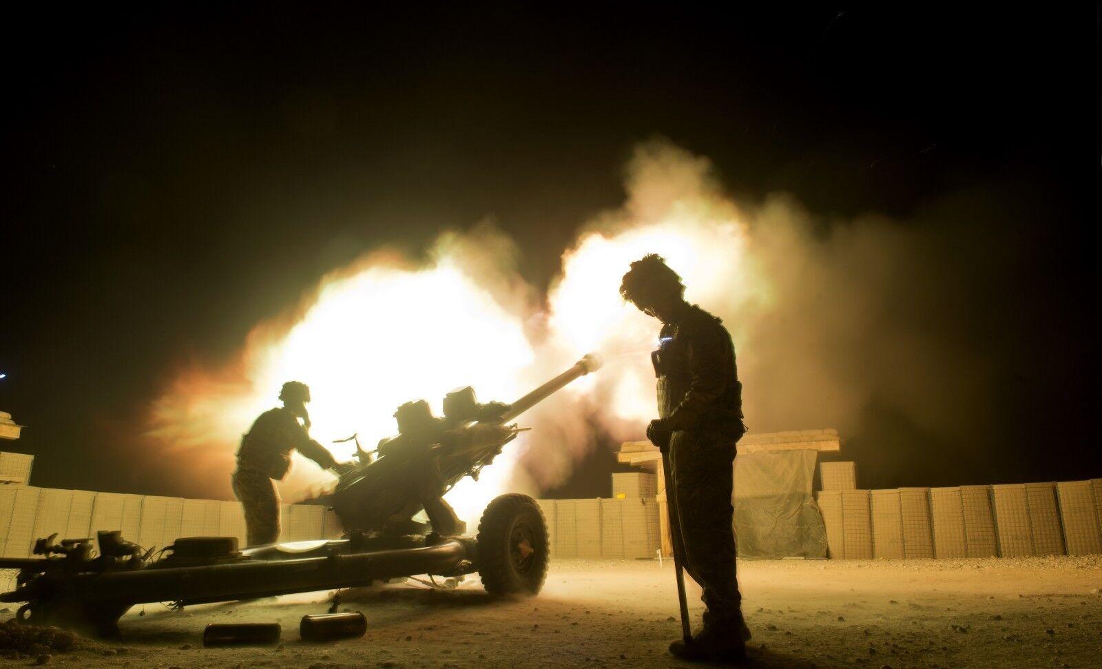 BRITISH ARMY 26 REGT ROYAL ARTILLERY 105mm GUN 12/7/2014   Photo Print