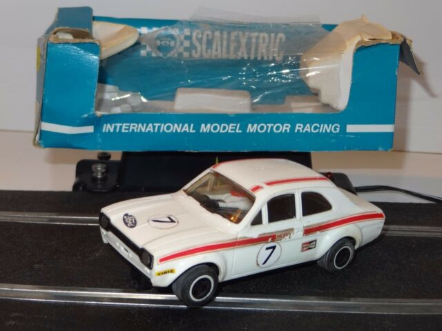 (c) TRIANG SCALEXTRIC CAR - FORD ESCORT MEXICO SPECIAL BUILD - C. 052