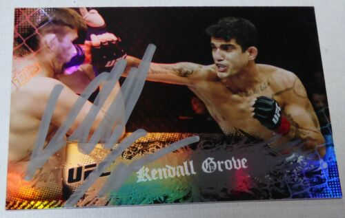 Kendall Grove Signed UFC 2010 Topps Main Event Card #97 Autograph 69 96 106 116