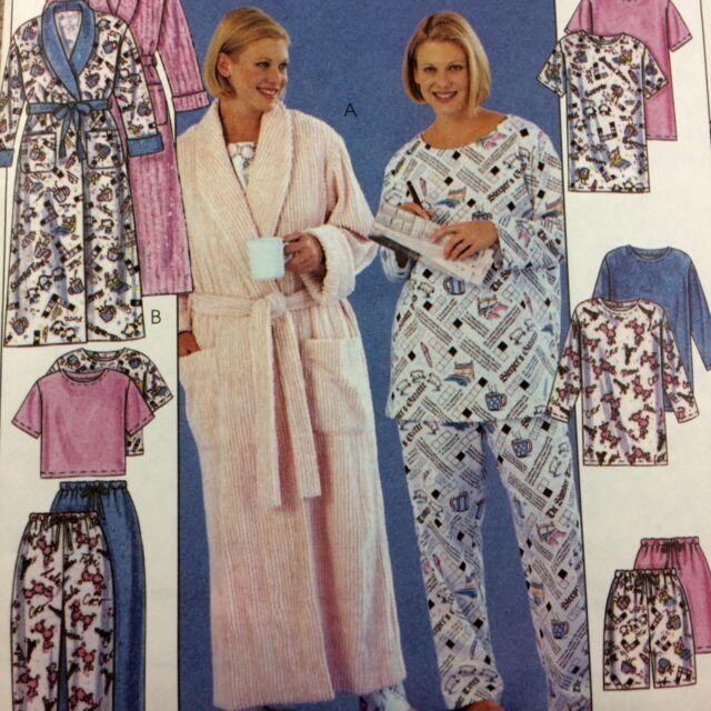 Easy McCalls Pattern 3454 Womens Robe Tunic Top Pants Shorts Uncut 26W-32W PJs
