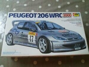 Tamiya-Kit-Peugeot-206-WRC-2000-Kit-24226
